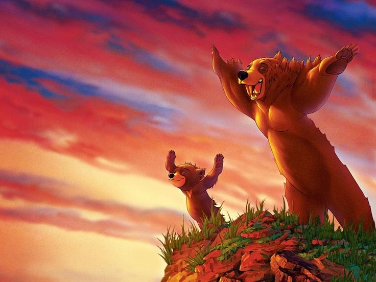 Irmão Urso, é uma história emocionante da Disney que mostra Kenai, um ser humano que foi tranformado em urso.