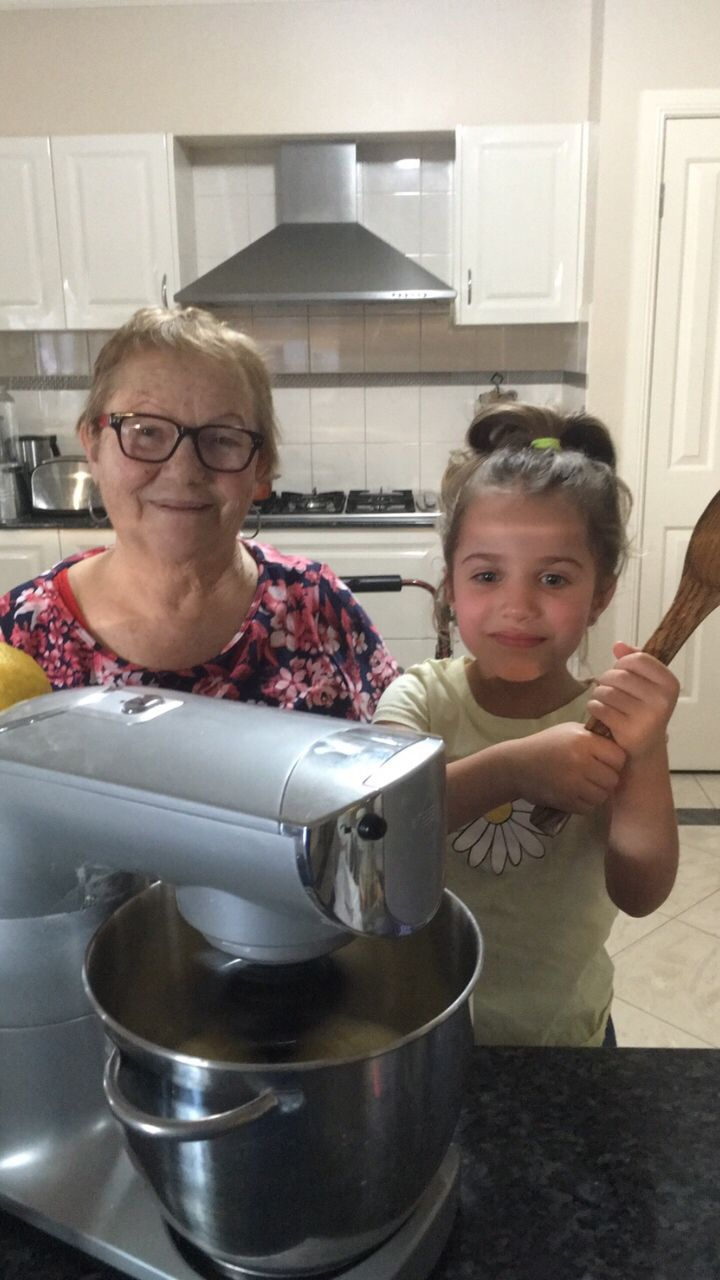 Ariana baking cakes with Nonna Melina  #panevinoepeperoncino #food #family #famiglia ♫ Christina Aguilera - Beautiful Made with Flipagram - https://flipagram.com/f/w7X6FM0ov9