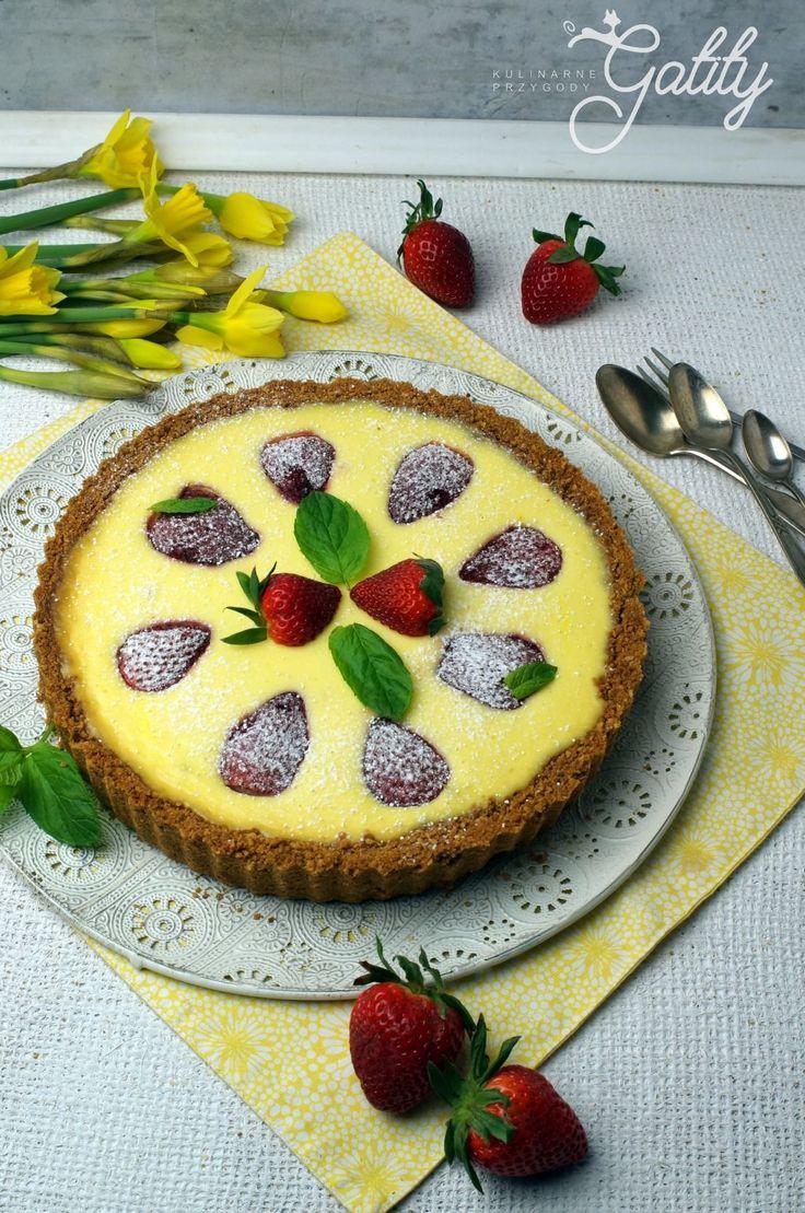 Kulinarne przygody Gatity - przepisy pełne smaku: Cytrynowy sernik z truskawkami