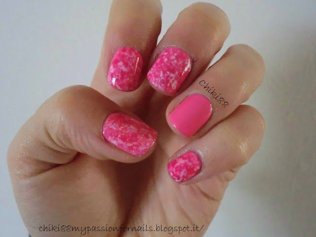 CHIKI88... my passion for nails!: Pink saran wrap!