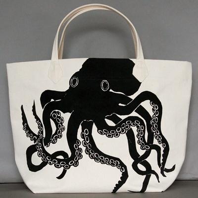 Dermond Peterson. Art You Live With. | Shop > Bags > Item: Octopus Black Canvas BagCanvas Bags, Beach Bags, Black Canvas, Totes Bags, All Canvas, Octopuses Black, Octopuses Totes, Dermond Peterson, Tote Bags