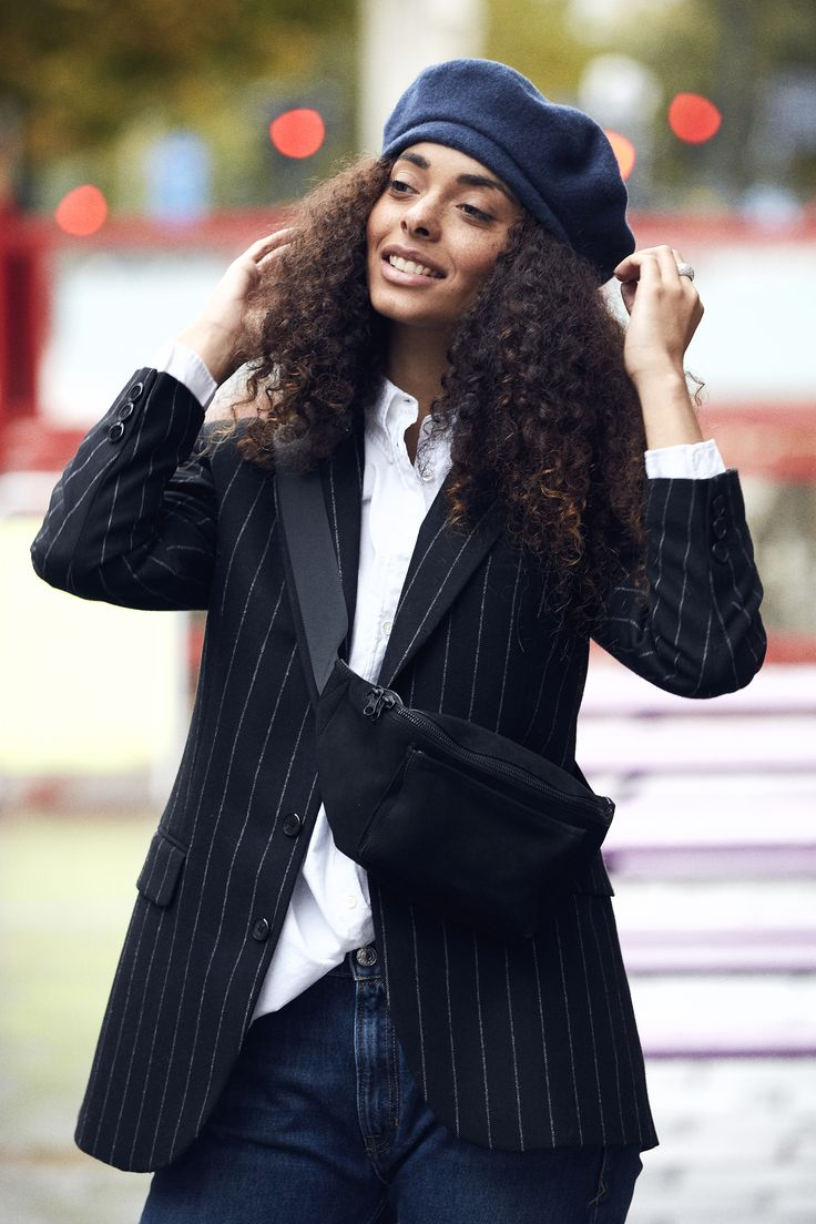 Casual suiting: stripe blazer, white shirt, denims and beret.