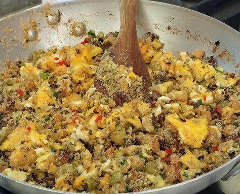Aprenda a receita da farofa salgada, doce e de ovos