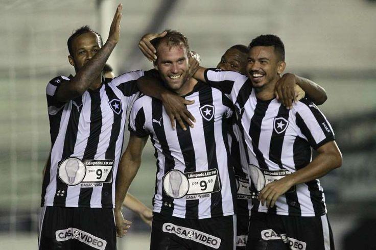 Botafogo jogou o suficiente para derrotar o Volta Redonda por 2 a 0 na noite desta quarta-feira