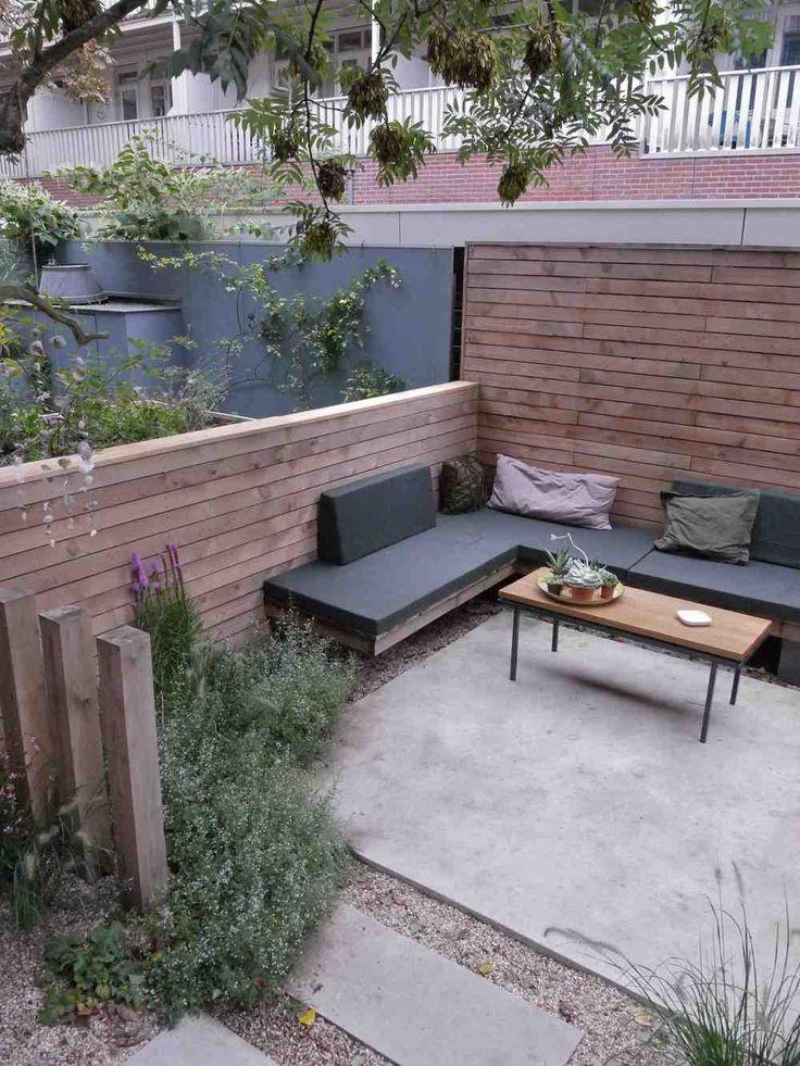 Buitenkamer - zithoek - combinatie hout | beton - betonplaten