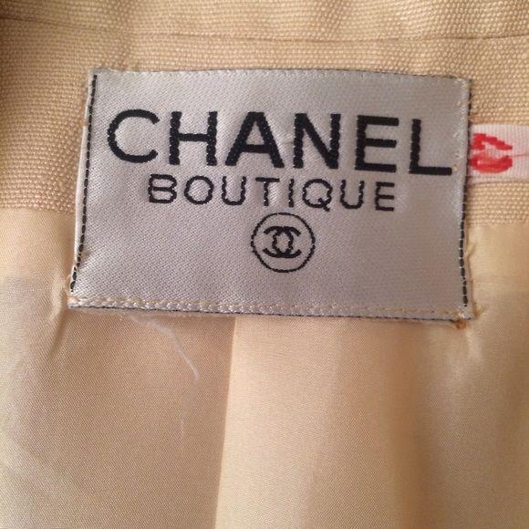 Vintage Chanel Creme Blazer Great jacket excellent condition. Size 40. CHANEL Jackets & Coats Blazers