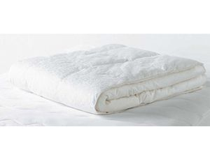 beyond+down+synthetic+down+comforter+by+the+carpenter+company - GoodHousekeeping.com