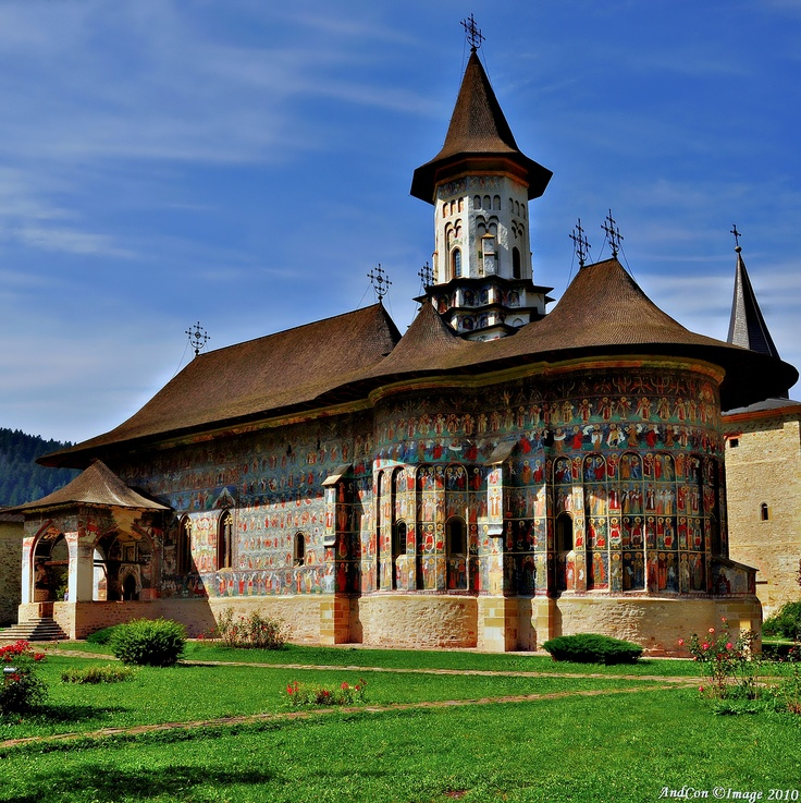 Sucevița Monastery is an Eastern Orthodox convent situated in NE Romania, S Bukovina. It was built in 1585.The architecture contains both Byzantine and Gothic elements, and some elements typical to other painted churches of N Moldavia. Both interior and exterior walls are covered by mural paintings, which are of great artistic value and depict biblical episodes from the Old Testament. The paintings date from 1601. #romania #unesco