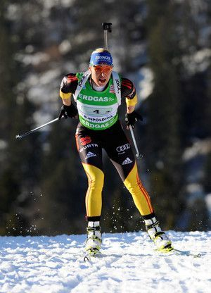 Magdalena Neuner to win the Sprint at the 2012 World Championships: