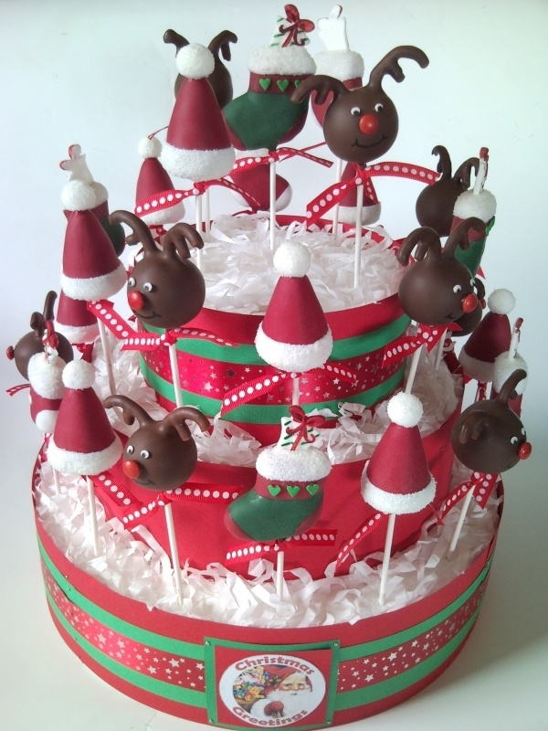 Great way to display cake pops. All u change is the ribbon on the tiers.