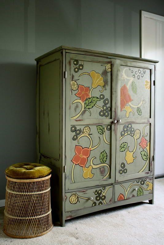 Floral wardrobe. #furniture #painted
