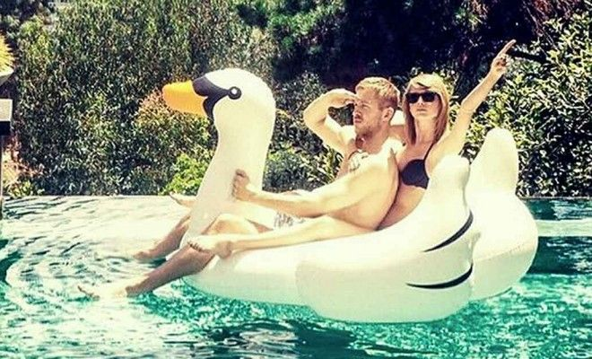 7 Reasons Taylor Swift & Calvin Harris are The Cutest Couple Ever! http://www.countryoutfitter.com/style/7-reason-taylor-swift-and-calvin-harris-are-the-cutest-couple-ever/
