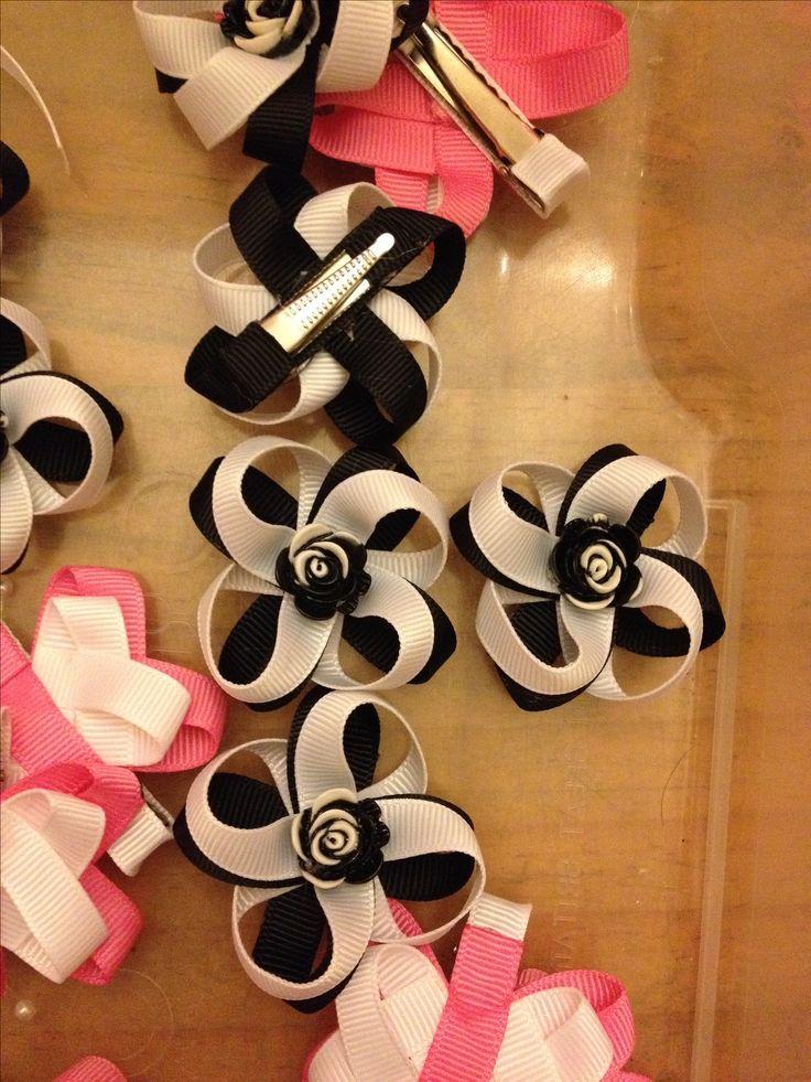 Cute handmade ribbon bow clips! #DIY