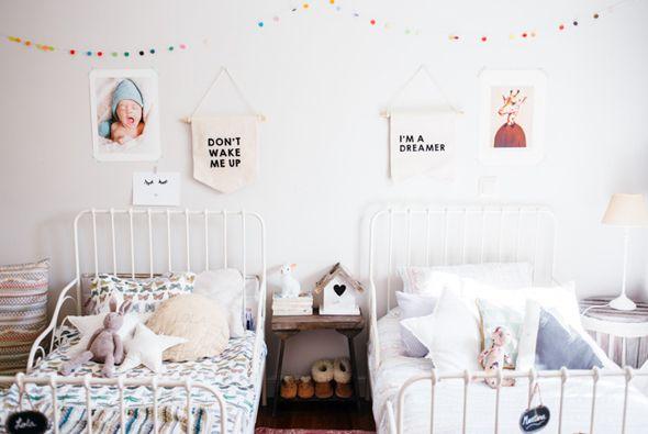 MINNEN IKEA bed for kids. Bedroom from Con Botas de Agua blog.