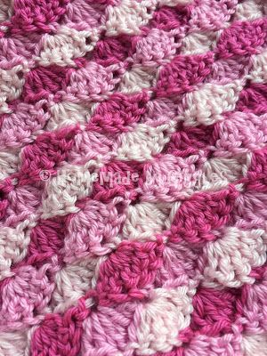 How to make this Mermaid Tail Blanket.  FREE!  Crochet pattern and video linked.  Homemade by Giggles.  Pink.