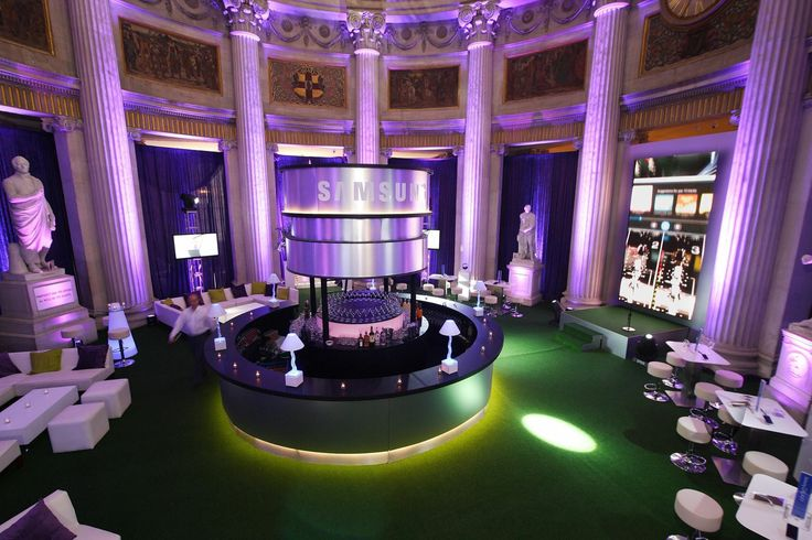 Our Samsung product launch corporate event with a spectacular circular bar & dj booth at City Hall Dublin.