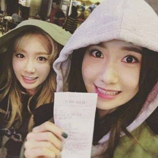 少女時代 ユナ、テヨンとのお忍びツーショットが話題…街中でも引き立つ美貌 - ENTERTAINMENT - 韓流・韓国芸能ニュースはKstyle