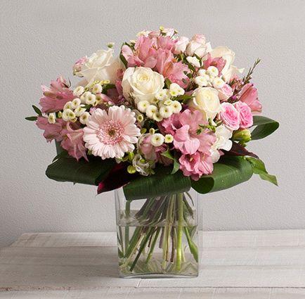 fleurs mariage secret bouquet rond de fleurs vari es avec roses aux teintes rose pastel et. Black Bedroom Furniture Sets. Home Design Ideas
