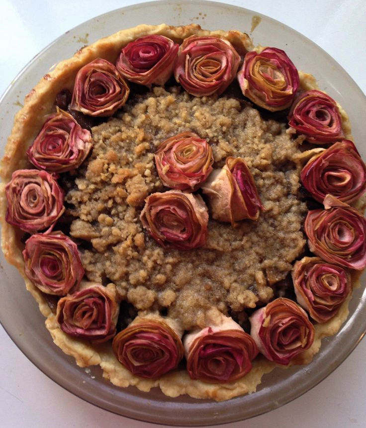 Apple Pie with Apple Roses and Crumb Topping via Deceptively Domestic