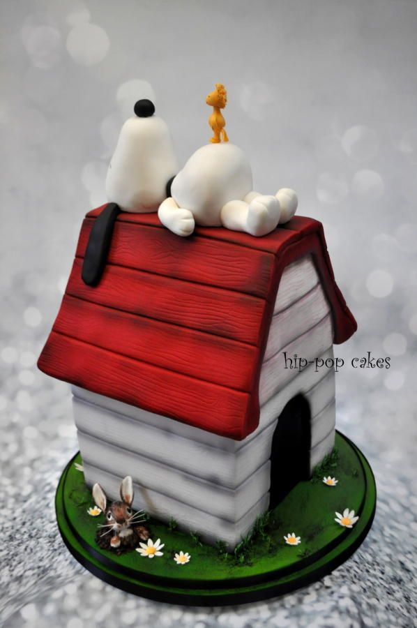 "21"" snoopy wedding cake by Hip-pop cakes - http://cakesdecor.com/cakes/271524-21-snoopy-wedding-cake"
