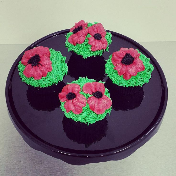 Poppy Cupcakes