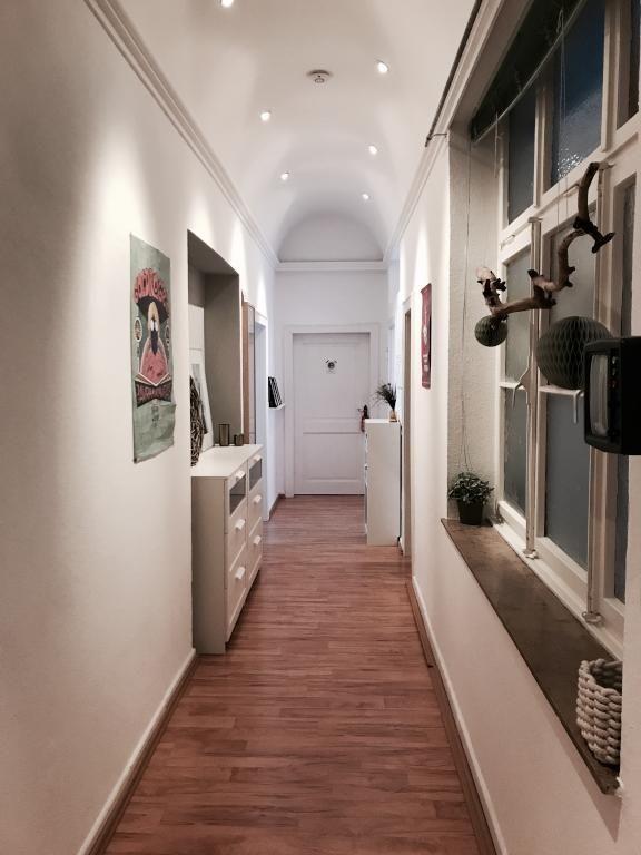 Schöner Flur Mit Parkettboden. #Flur #Wohnung #Einrichtung  #Einrichtungsidee #Parkett #