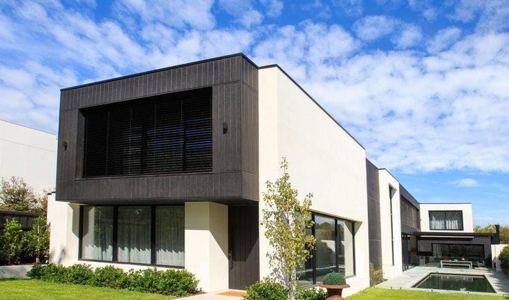 North facing facade with our ev80 External Venetian Systems
