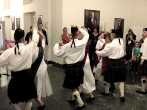 """Auftritt der Scottish Country Dancing Society of Berlin bei der """"Lange Nacht der Wissenschaften"""" am 28. Mai 2011 in der HU Berlin unter dem Motto: """"Living Ma..."""
