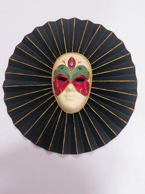 Σαμαρτζή - Βιβλιοπωλείο - Hobby - Καλλιτεχνικά: Γύψινη βενετσιάνικη μάσκα, χρωματισμένη με ακρυλικά χρώματα.   #ΧΑΛΚΙΔΑ #ΣΑΜΑΡΤΖΗ #ΜΑΣΚΑ  #ΧΕΙΡΟΤΕΧΝΙΕΣ #ΒΙΒΛΙΟΠΩΛΕΙΟ #HOBBY #ΑΠΟΚΡΙΑΤΙΚΗ #ΔΙΑΚΟΣΜΗΣΗ