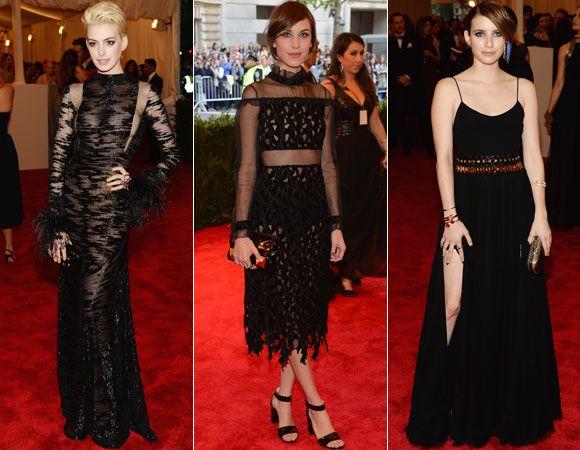 Mais pretinhos com trasparência: Anne Hathaway loira foi de Valentino e Alexa Chung de Erdem; já Emma Roberts preferiu o pretinho opaco, mas não menos lindo, da DVF.