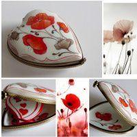 Passion coquelicot en porcelaine, une boite en porcelaine de Limoges écrin pour bijoux  http://fany-porcelaine.com