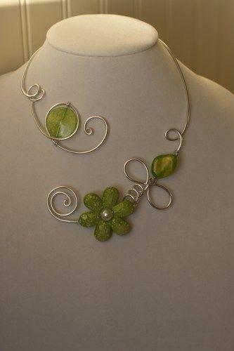 GREEN JEWELRY - GREEN OPEN NECKLACE - LesBijouxLibellule - Jewelry on ArtFire
