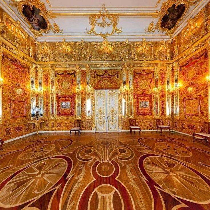The world-famous Amber room, Catherine palace, Saint-Petersburg
