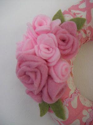 Lydias Treasures: FELT ROSE TUTORIAL