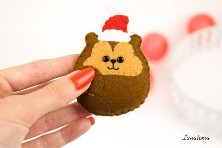 Scoiattolo di Natale addobbo per l'albero e la casa, fatto a mano in pannolenci, regalo amante degli animali, regalo ragazza, cappello rosso di Lanatema su Etsy