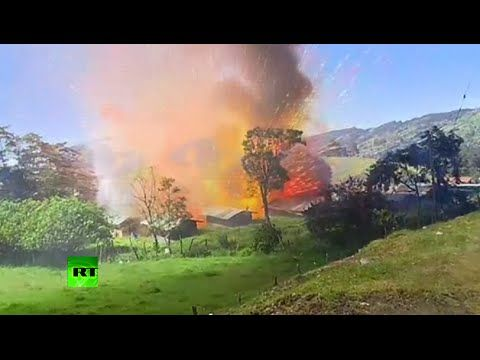 Spectacular blast: Fireworks warehouse explosion caught on camera in Colombia - http://www.nopasc.org/spectacular-blast-fireworks-warehouse-explosion-caught-on-camera-in-colombia/