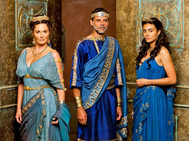 BBC America renews 'Atlantis' for second season | EW.com --- I am so happy to hear that! It is only a matter of time till this show catches fire! So good made by the people who brought us Merlin :)