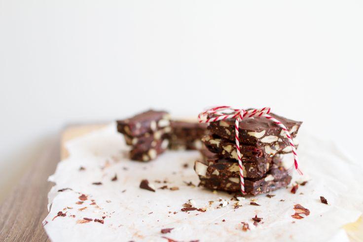 Czy jest tu ktoś kto nie lubi czekolady? Domyślam się, że nie, a jeśli był, to już wyszedł. Ja ubóstwiam. To dla mnie najlepsze lekarstwo na chandrę, PMS i latające oko. Nie specjalnie przepadam za…