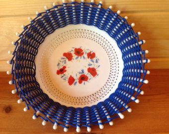 1960's woven Fruit or Bread Basket with Red Poppies