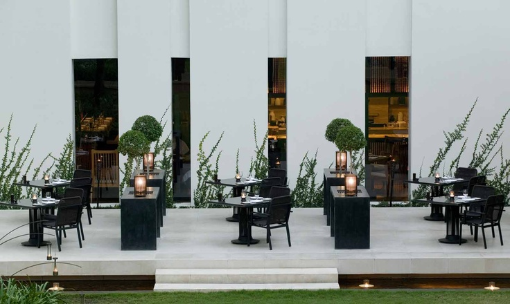 The Restaurant Courtyard at The Chedi Chiang Mai