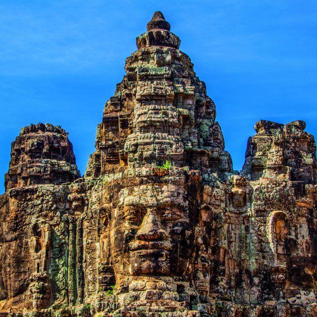 Приглашаем в путешествие с Сергеем Дмитренко на майские праздники 2017 - Тайланд и Камбоджа Даты:29 апреля - 11 мая Маршрут: Бангкок - провинция Краби - острова Пхи-Пхи- Пхукет - Сием Рип - Ангкор Ват - Бангкок Лазурное море, шикарные пляжи, парящие скалы, потрясающие закаты - невероятная красота природы Таиланда, красивая и экзотичная Камбоджа - французский колониальный Сием Рип и величественные древние храмы Ангкор Вата! Самая вкусная уличная еда и еще много интересного!Присоединяйтесь…