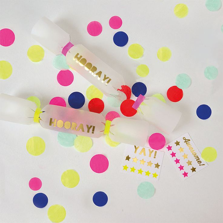 Toot Sweet Confetti Crackers