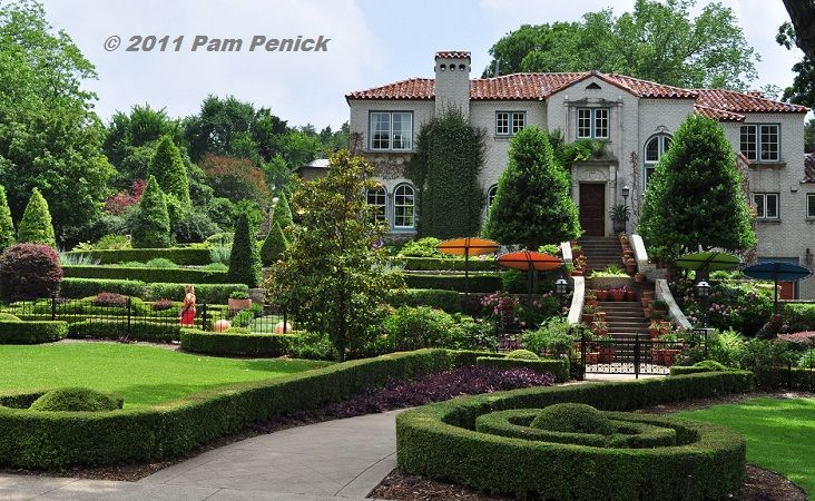 A Garden In Dallas Of An Historic Mansion I Want To Grow