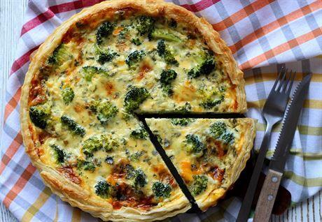 Brokolicový quiche s plísňovým sýrem podle blogerky Šůši
