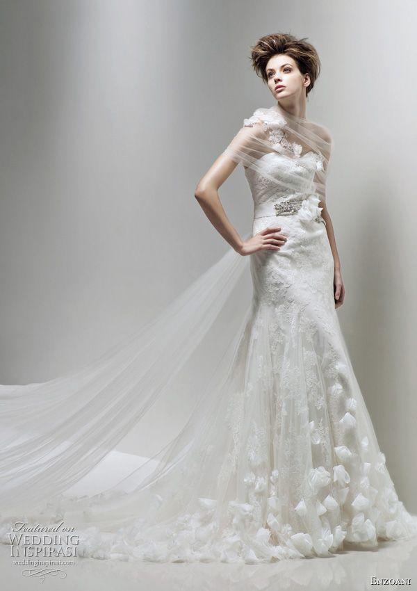 http://weddinginspirasi.com/2011/02/08/enzoani-2011-bridal-collection-wedding-dresses/ Enzoani wedding dress 2011 Fairy bridal gown #weddings #weddingdress #bridal #wedding