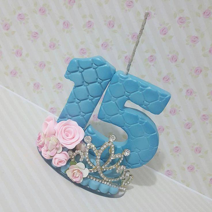 "95 curtidas, 1 comentários - Maristela Yamada (@tekabiscuitartesanato) no Instagram: ""Feliz 15  #biscuit #porcelanafria #feitoamao #artesanato #velinhadecorada #velaaniversario…"""