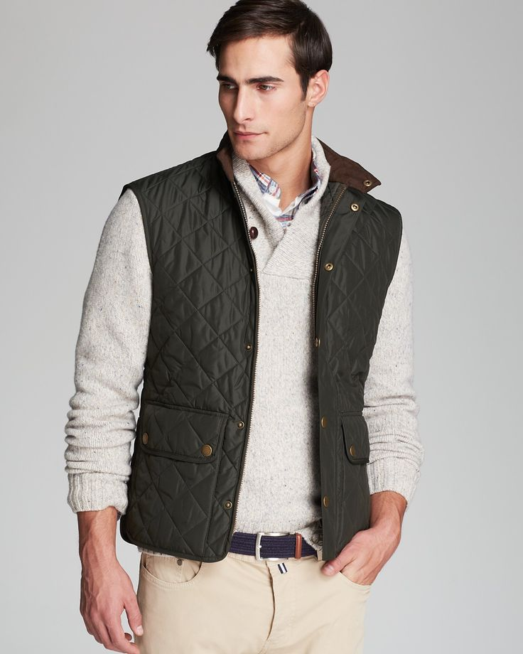A handsome quilted vest makes an excellent companion on those in-between days, when the weather gets fickle but you want to maintain a poised appearance. | Outter: polyester; inner: polyamide; fill: p