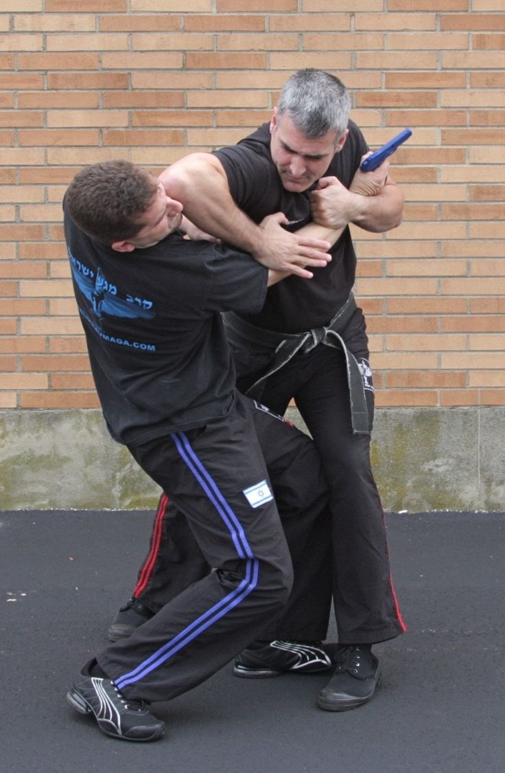 krav maga | Israli Krav Maga teaches self defense techniques while providing high ...