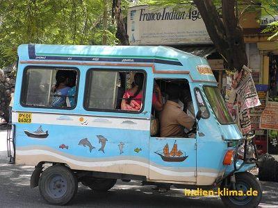 Typischer indischer Reisebus. Krasse Sache, mehr gibt es auf http://www.indien-klima.de/bilder.htm    Have fun and spread it! :)