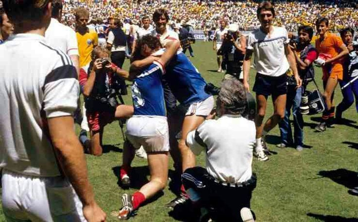 France 1 Brazil 1 (4-3 p) in 1986 in Guadalajara. French players celebrate winning the penalty shoot out in the World Cup Quarter Final.